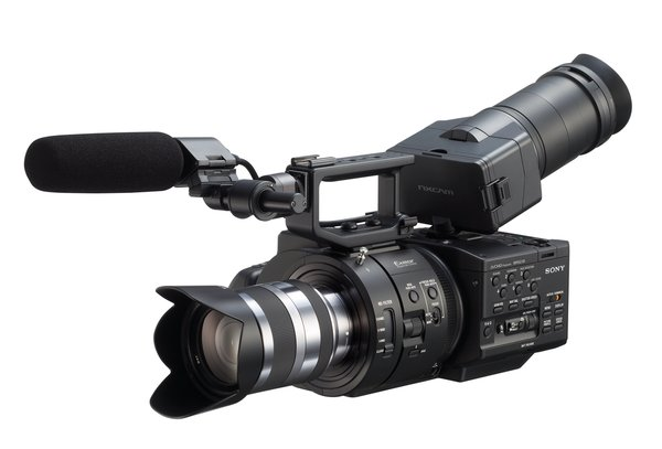 lf-sonyfs700-front