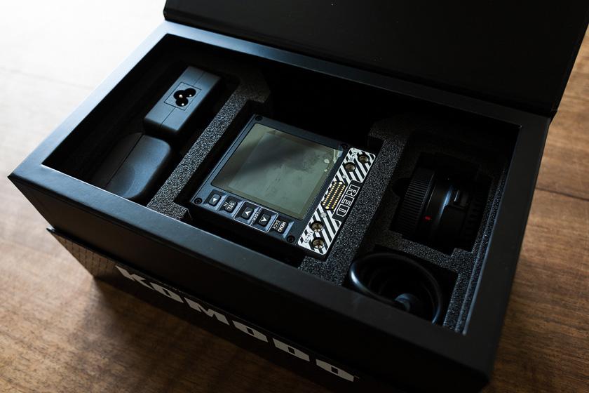 Red Komodo Karton